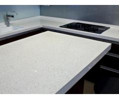 Shining White Quartz Stone with Bright Surface for Prefab Countertops